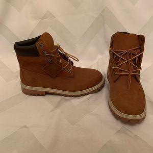 """Timberland 6"""" Waterproof Boots/ boys size 7"""